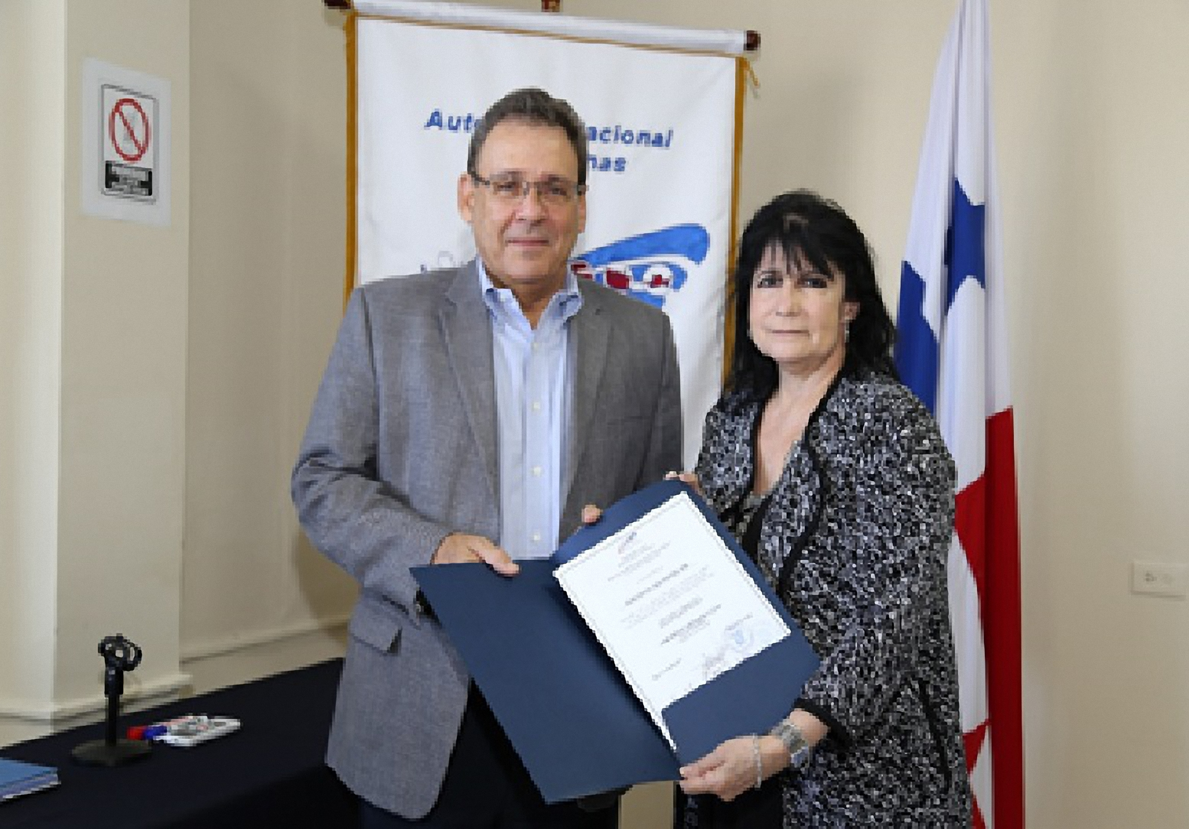 José Gómez Núñez, National Director of Panama Customs Authority and Gioconda Bazán, Canal Movers & Logistics Operation Manager