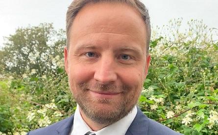 Patrik Eriksson - 445x277