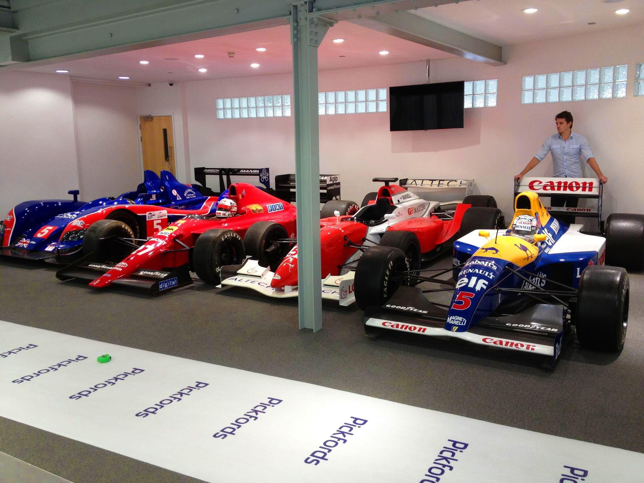 Pickfords Moves The Mansell Collection